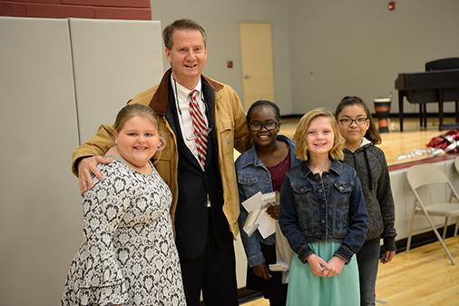 Mayor Burchett with Student Council Members